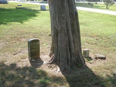 Harvey C Brocket gravestone
